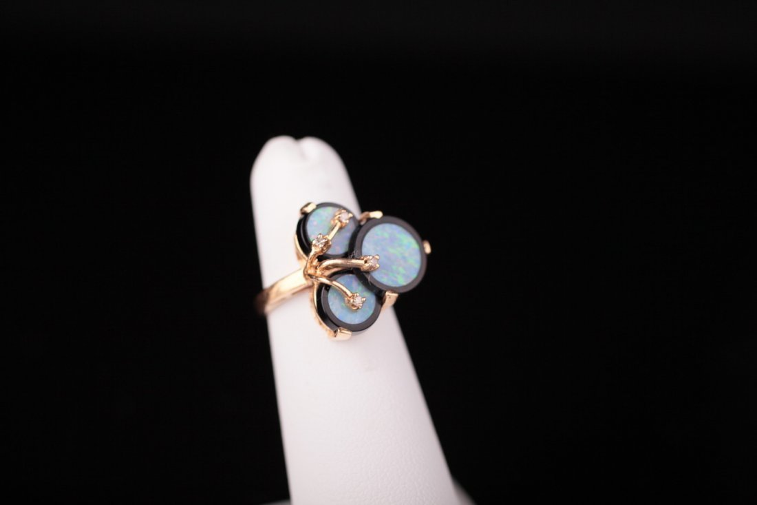 14kt Gold Opal & Onyx Vintage Cocktail Ring