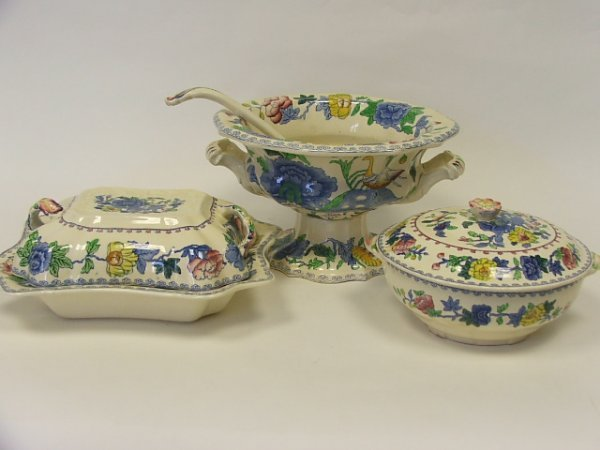 712: A Collection of Masons Regency Dinner Ware viz One