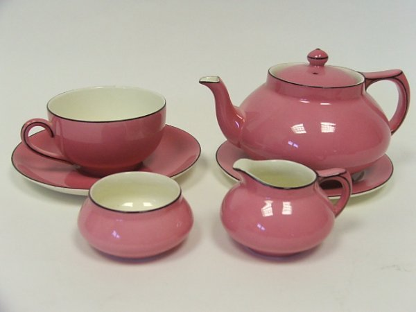 719: A Pink Crown Ducal Bachelors Tea Service Comprisin