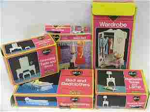 Sindy settee, armchair, hi-fi, dining table and ch