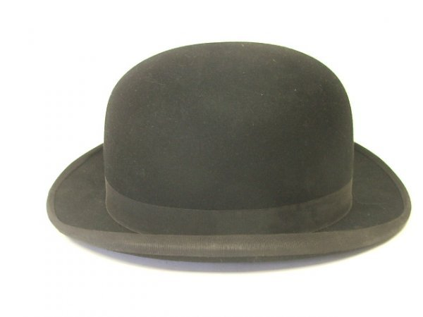 907: A Bowler Hat 'The Triple Crown' size 7
