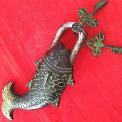 Old Bronze Chinese Fish Lock