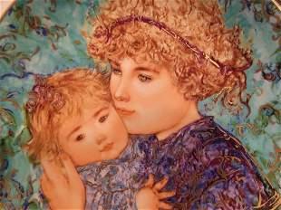 Edna Hibel plate titled Jessica & Kate