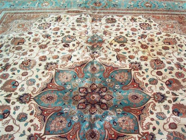 Persian TABRIZ vintage handwoven rug - 2