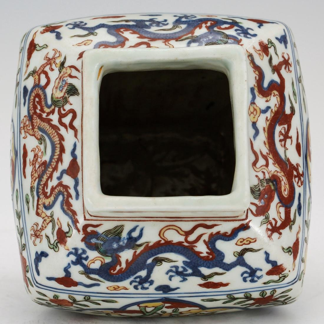 CHINESE MING DYNASTY WUCAI PORCELAIN JAR - 3