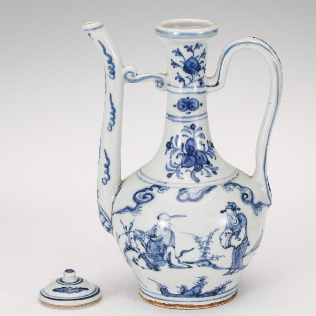 CHINESE BLUE AND WHITE PORCELAIN WINE EWER - 4