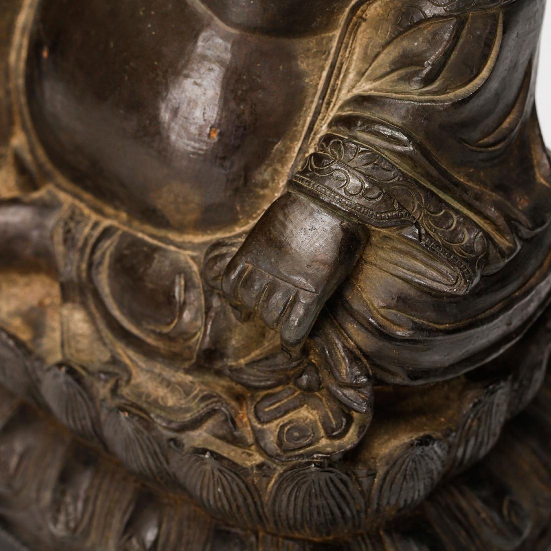 CHINESE BRONZE FIGURE OF BUDDHA - 6