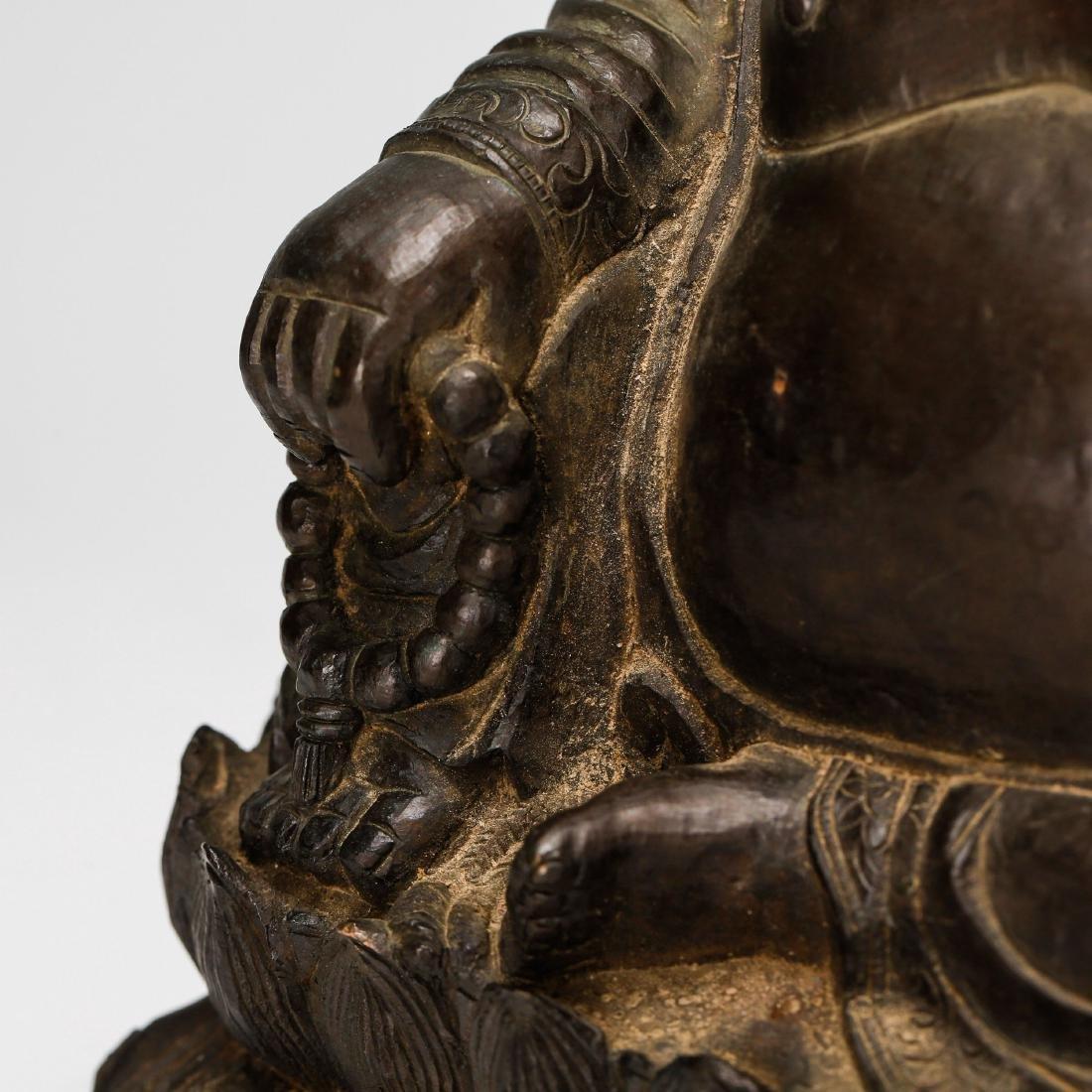 CHINESE BRONZE FIGURE OF BUDDHA - 7