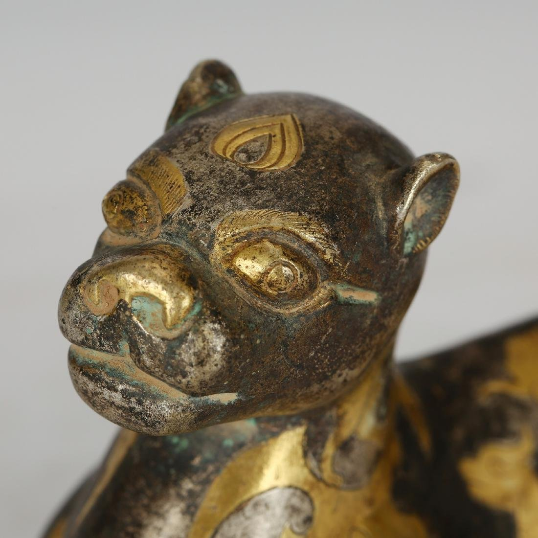 CHINESE ARCHAIC BRONZE FIGURE OF COUGAR - 5