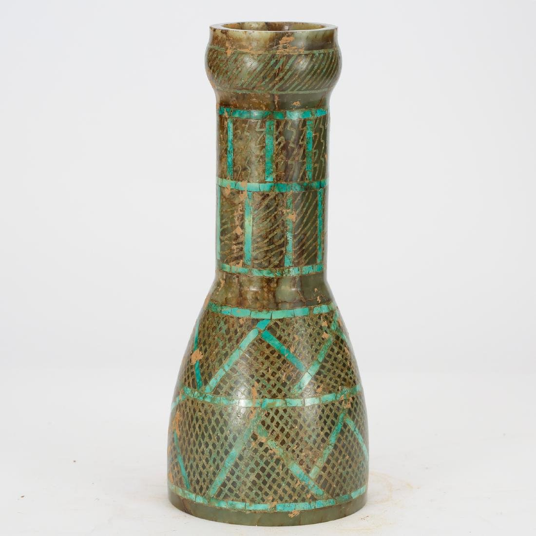 CHINESE ARCHAIC STYLE JADE VASE