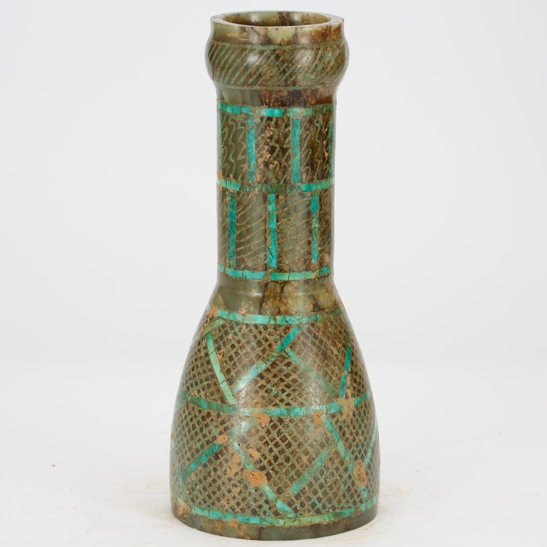 CHINESE ARCHAIC STYLE JADE VASE - 2