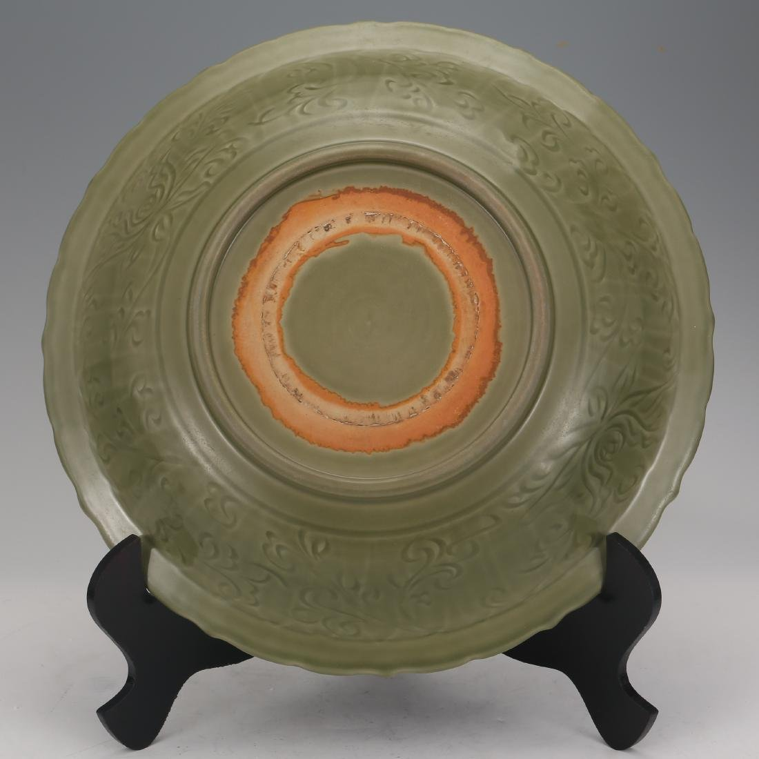 CHINESE CELADON LONGQUAN GLAZED CHARGER - 6
