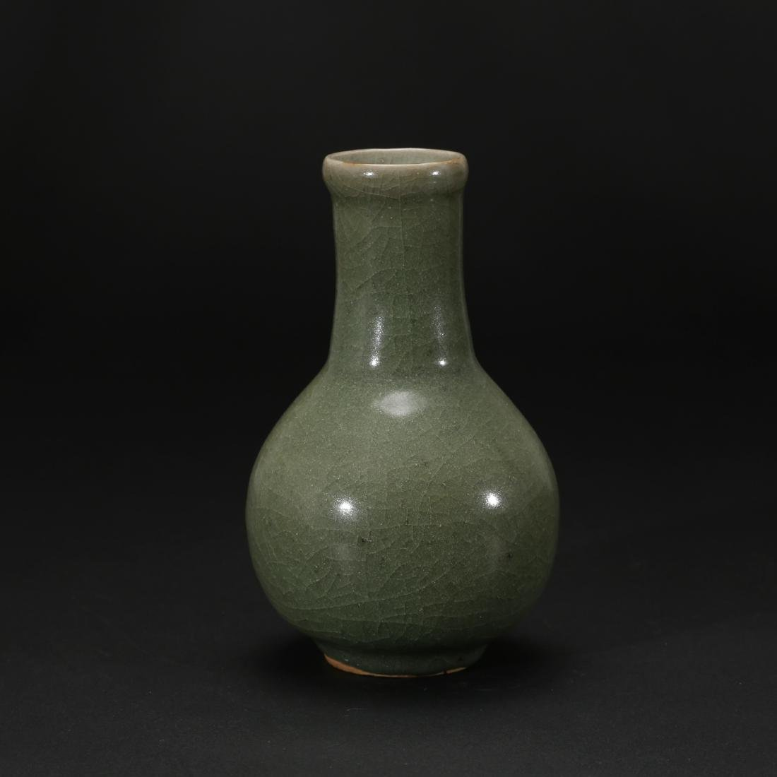CHINESE CELADON GLAZED BOTTLE VASE - 2