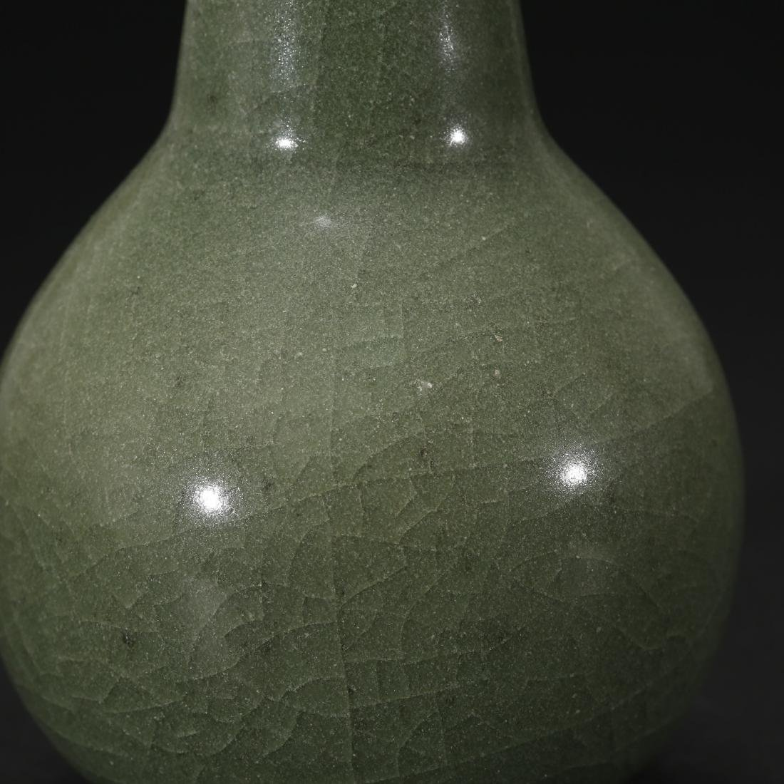 CHINESE CELADON GLAZED BOTTLE VASE - 4