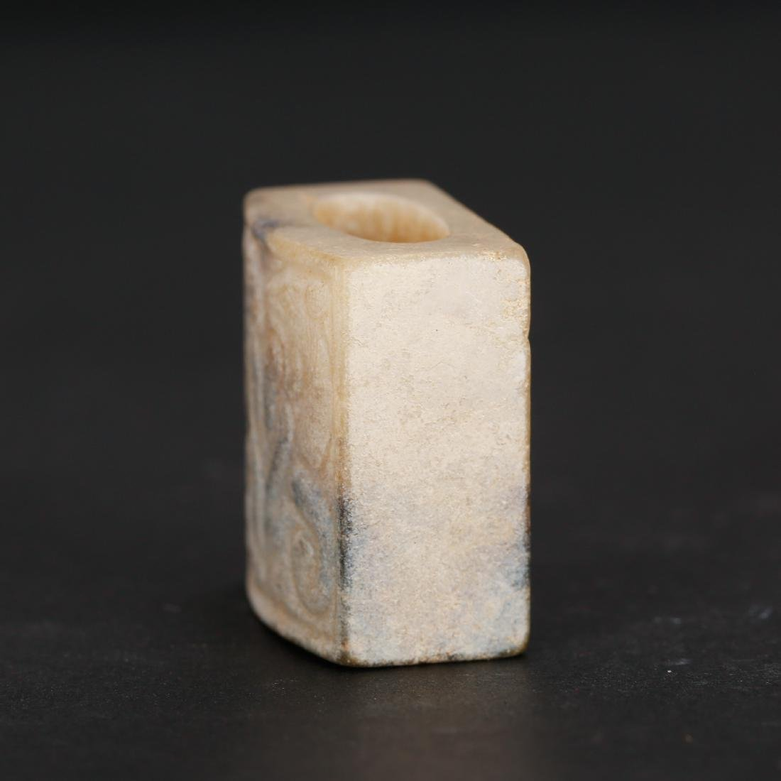 CHINESE ARCHAIC STYLE JADE SEAL - 2