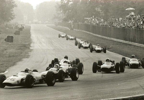 40: Attualfoto Untitled (35th Gran Premio d'Italia)
