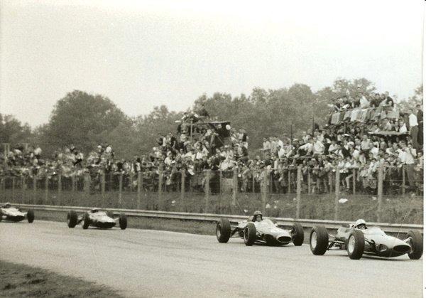 41: Attualfoto Untitled (35th Gran Premio d'Italia)