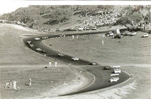 48: Laguna Seca, Can-Am, Jim Hall, Phil Hill, McLaren