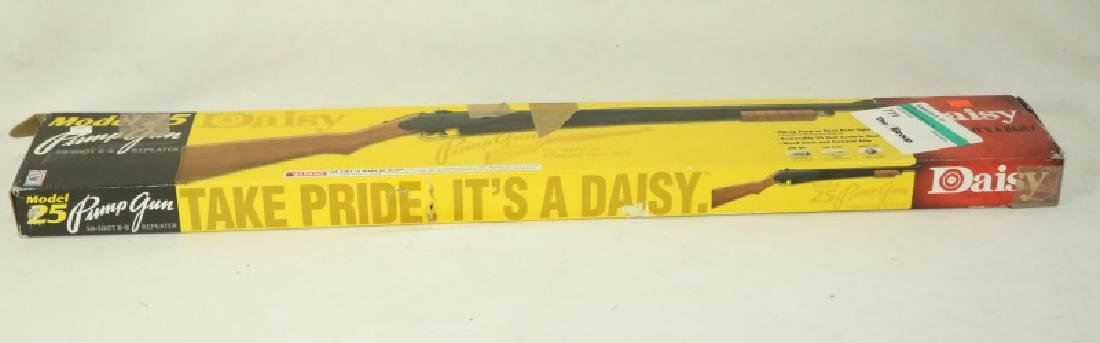 DAISY MODEL 25 PUMP BB GUN