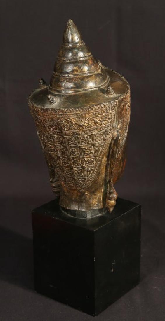 19th CENTURY BRONZE BUDDAH HEAD - 3
