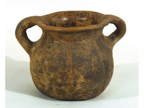 """1207: Pre-Columbian clay pot.  9"""" wide by 6"""" high"""