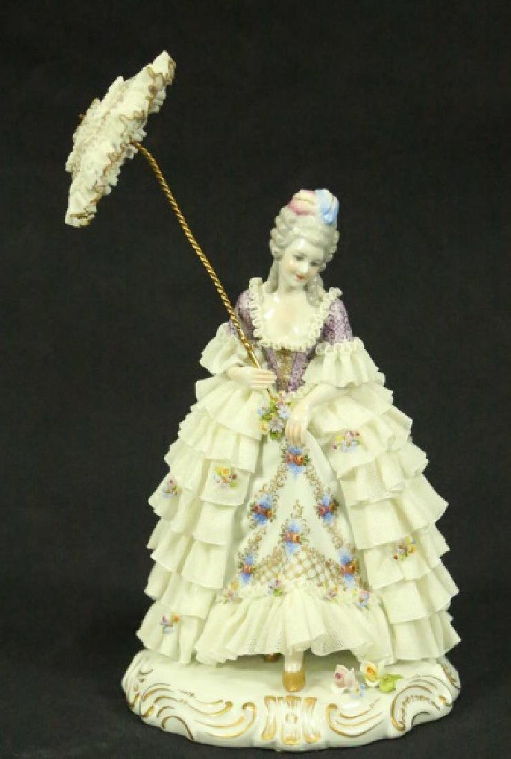 EARLY 20th CENTURY GERMAN PORCELAIN FIGURE