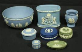 MIXED LOT OF EIGHT WEDGWOOD PIECES