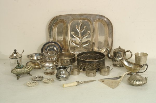 411: Silver plate box lot: meat platter, coffee service