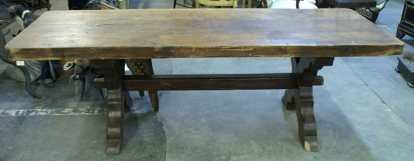 756: Antique oak table with crossed legs with stretcher