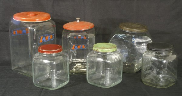 15: Box lot of various lidded jars