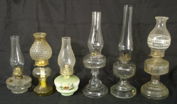 16: Box lot of various hurricane lanterns and globes