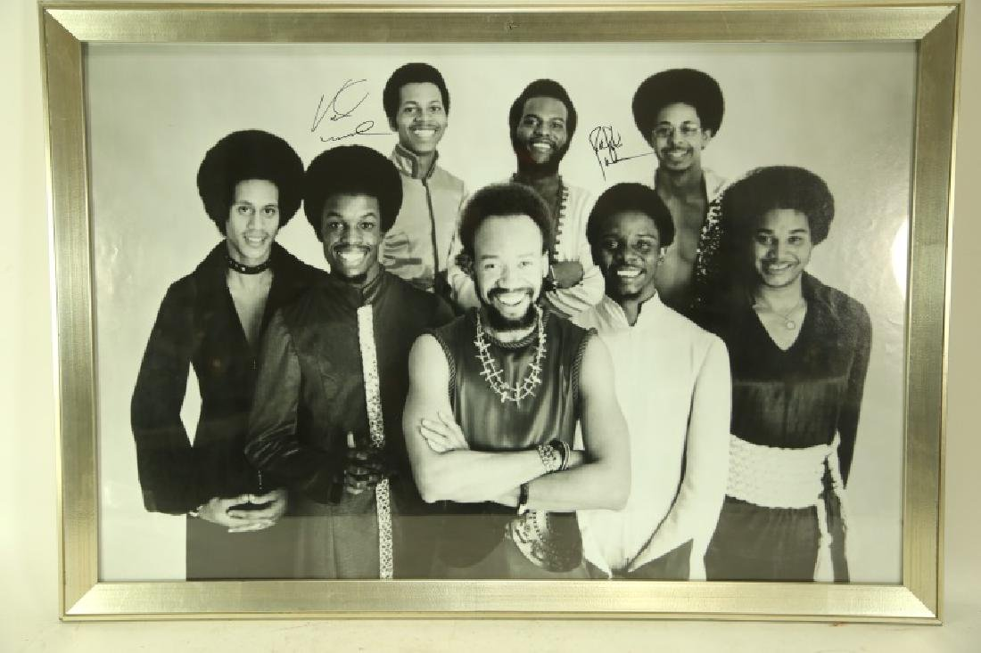 EARTH WIND AND FIRE AUTOGRAPHED PRINT