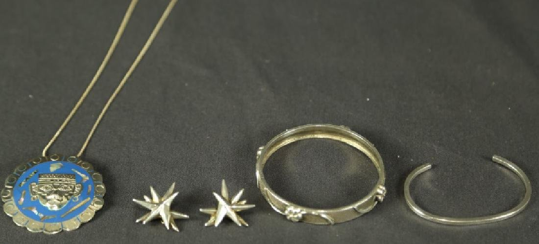 LOT OF FIVE SILVER JEWELRY PIECES