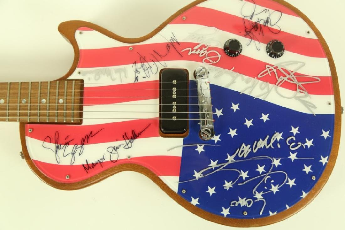 AUTOGRAPHED GIBSON ELECTRIC GUITAR - 2