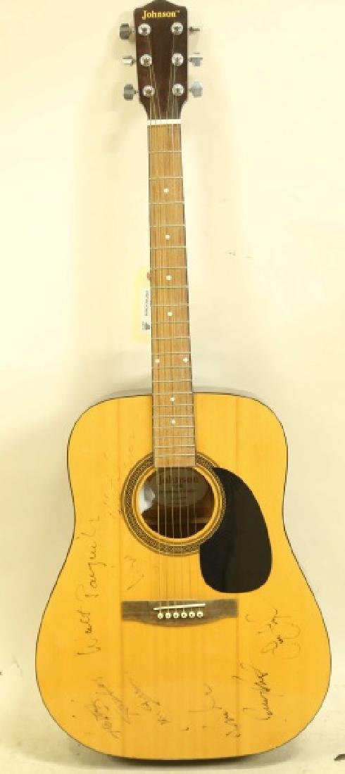 AUTOGRAPHED JOHNSON BY AXL DREADNAUGHT ACOUSTIC GU