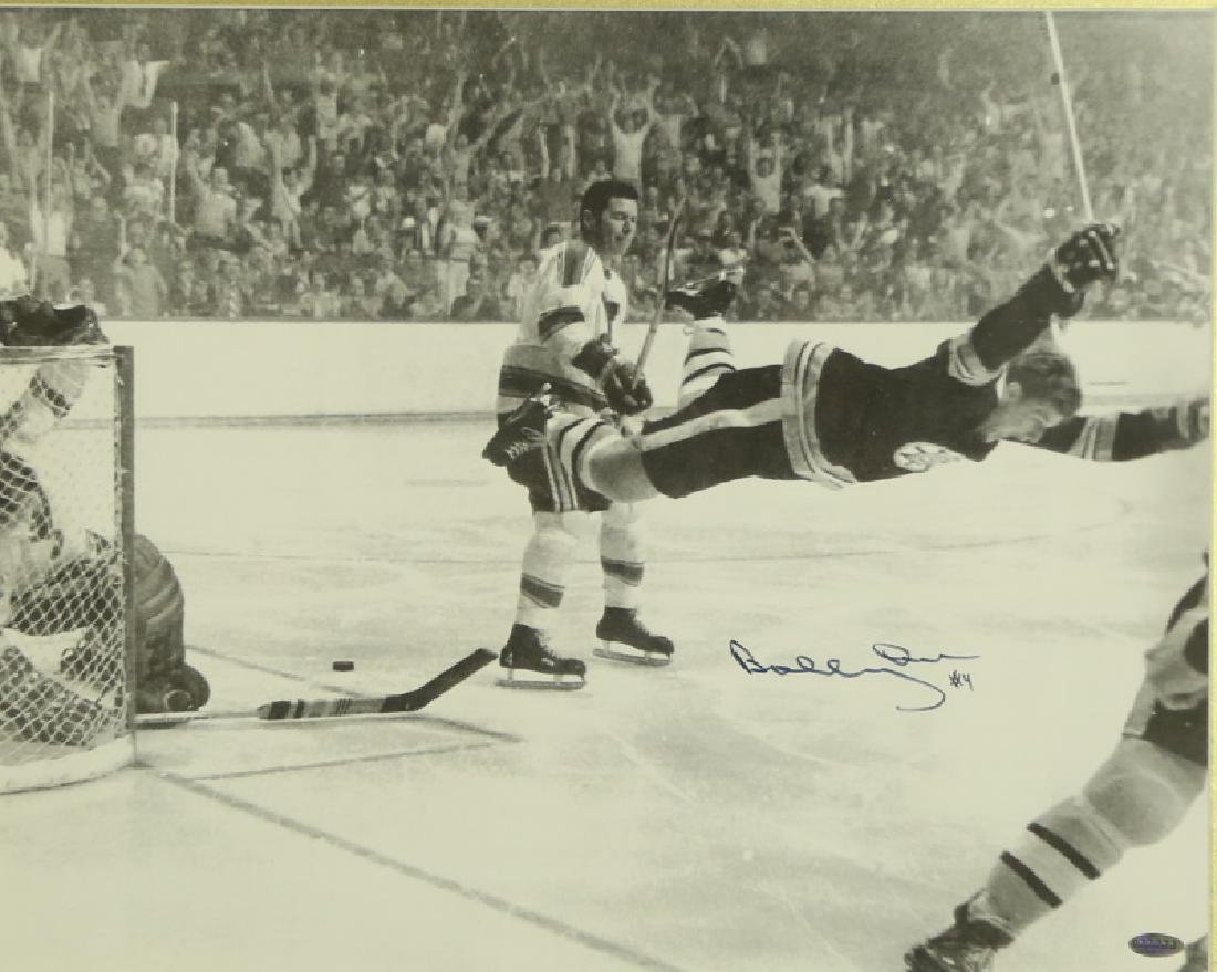 AUTOGRAPHED PHOTOGRAPH OF BOBBY ORR