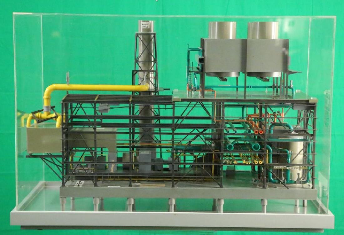 SCALE MODEL CENTRAL PROCESSING PLANT IN LUCITE CASE