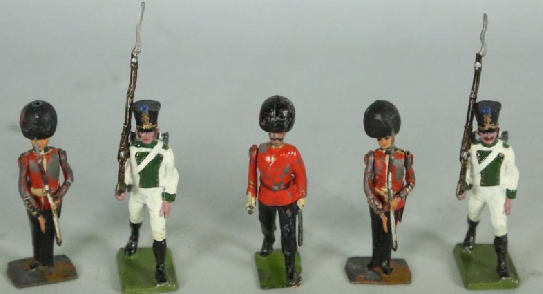 MIXED LOT OF TWENTY 19th CENTURY TIN SOLDIERS