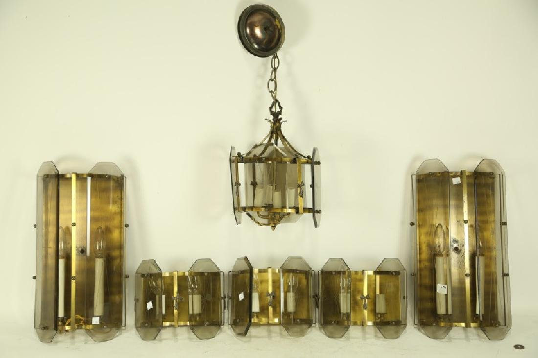 LOT OF SIX LIGHTING FIXTURES