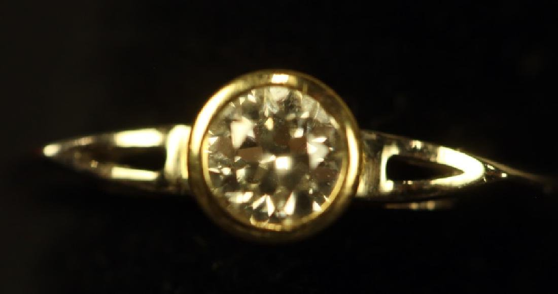 14KT WHITE .33CT DIAMOND SOLITAIRE RING