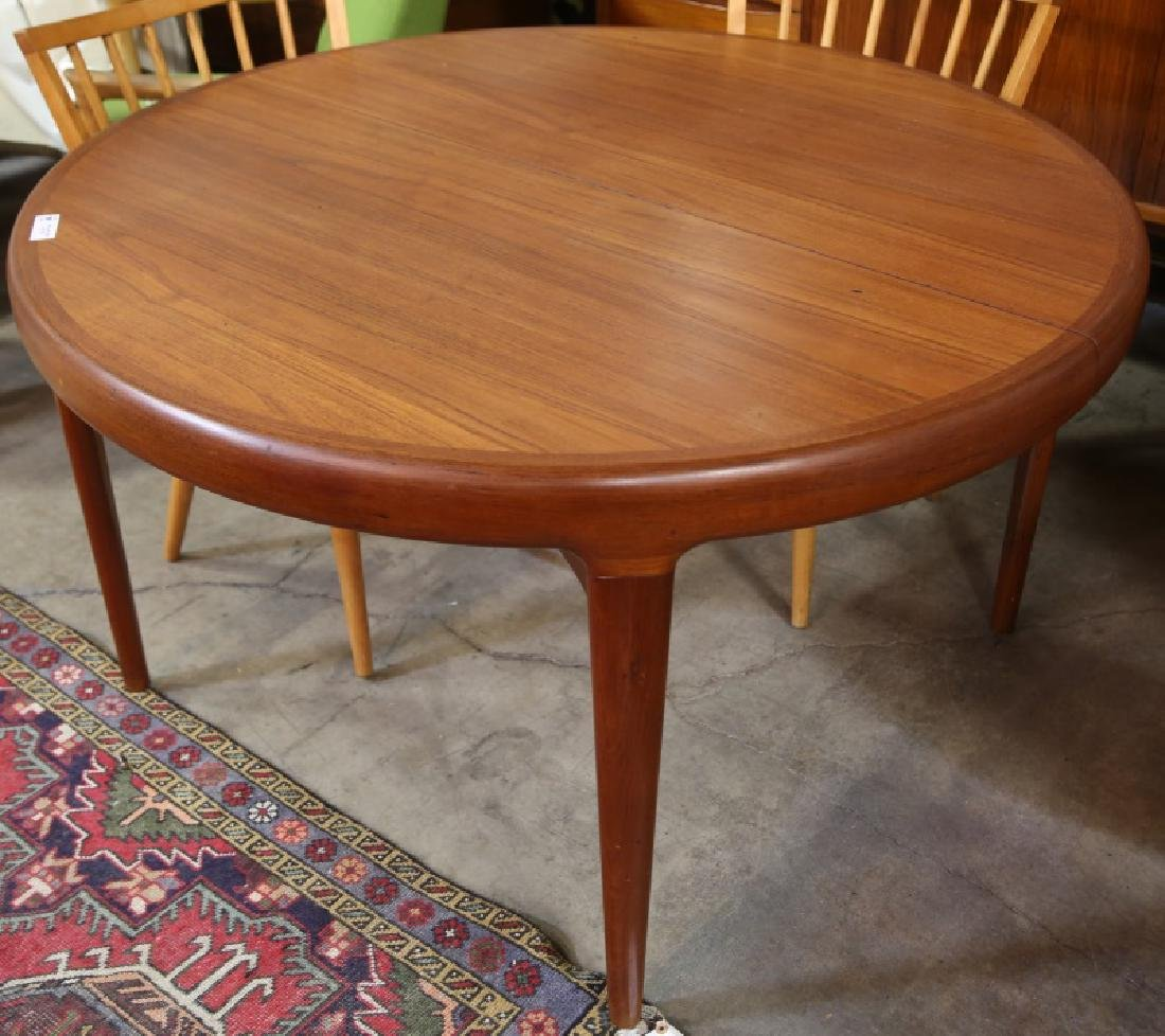 DANISH MODERN BREAKFAST TABLE WITH THREE LEAVES