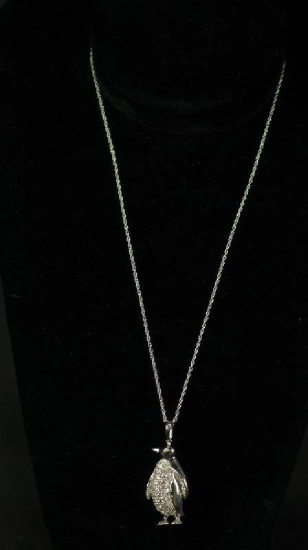 (28) 4.02 Ct. WHITE SAPPHIRE PENGUIN NECKLACE