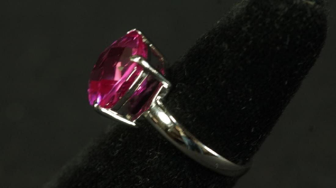 (52) 4 Ct. PINK SAPPHIRE DINNER RING