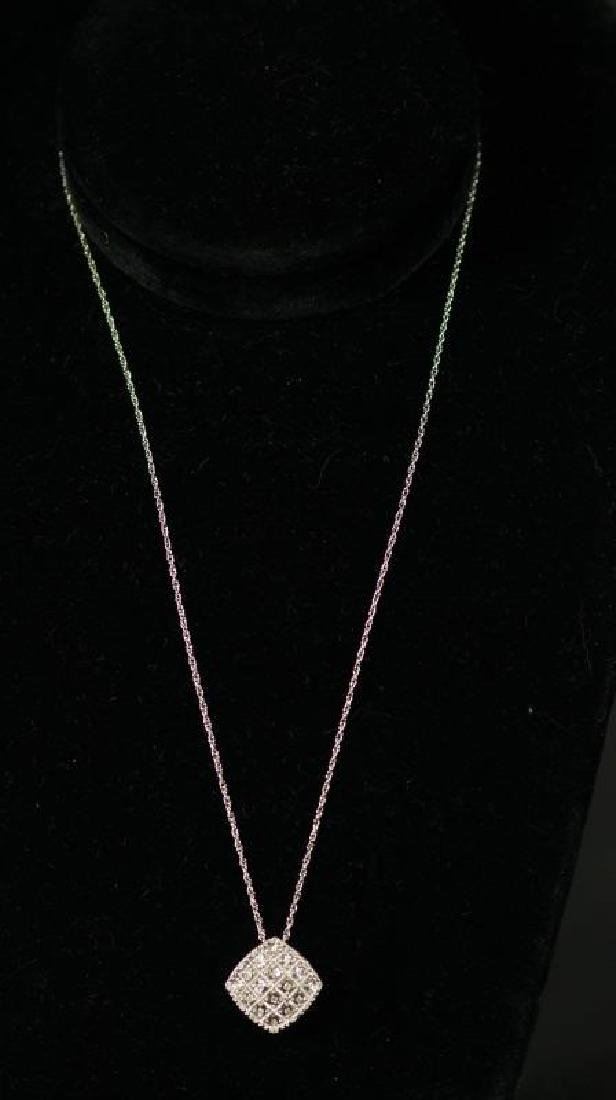(54) LARGE DIAMOND ESTATE NECKLACE