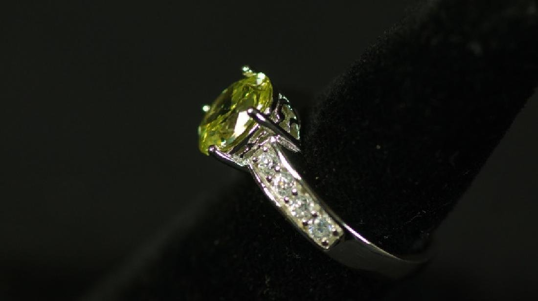 (55) 3.32 Ct. CANARY YELLOW SAPPHIRE SOLITAIRE RIN