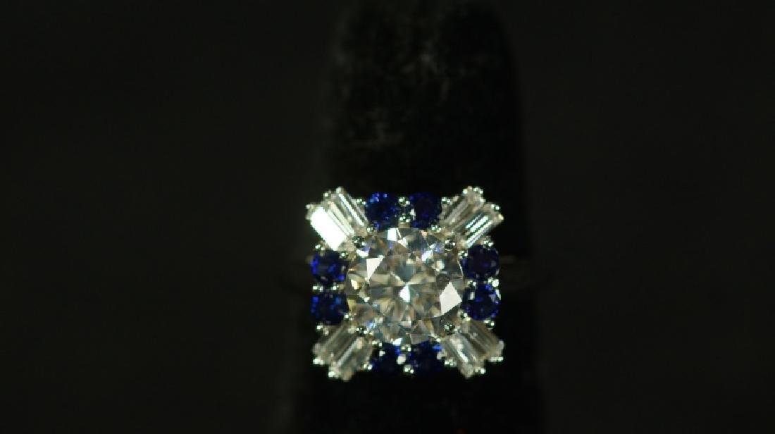 (58) 3.01 Ct. BLUE & WHITE SAPPHIRE SOLITARIE RING