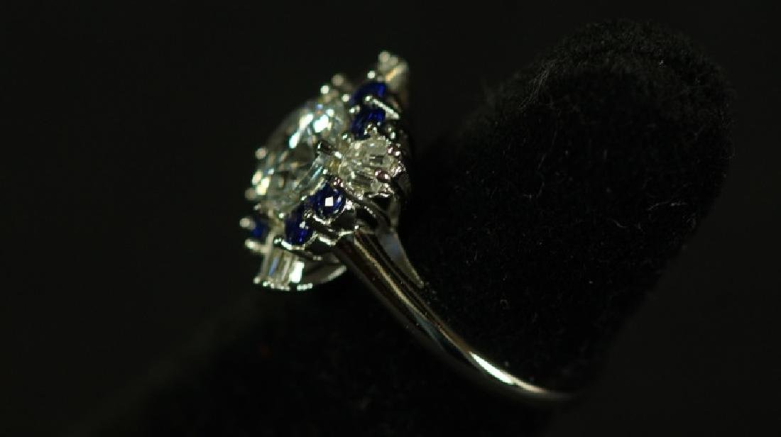 (58) 3.01 Ct. BLUE & WHITE SAPPHIRE SOLITARIE RING - 2