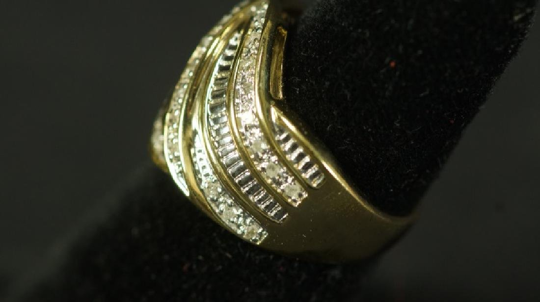(76) LARGE DIAMOND DINNER RING - 2