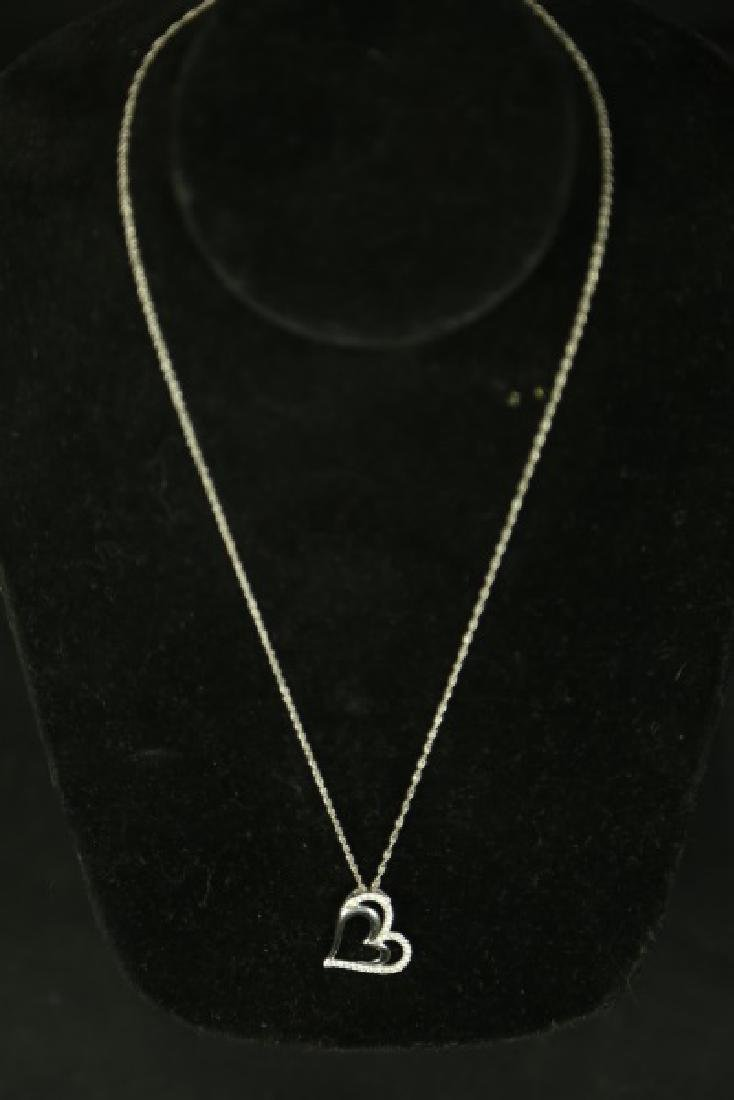(86) WHITE SAPPHIRE HEART NECKLACE