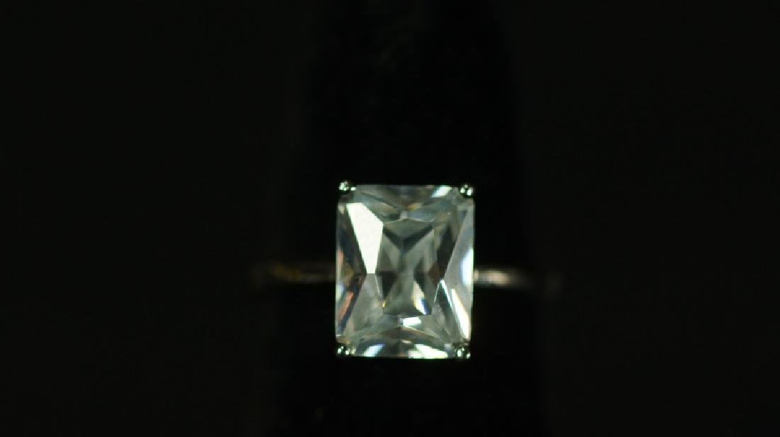 (114) FLAWLESS 3.0 Ct. WHITE SAPPHIRE ESTATE RING
